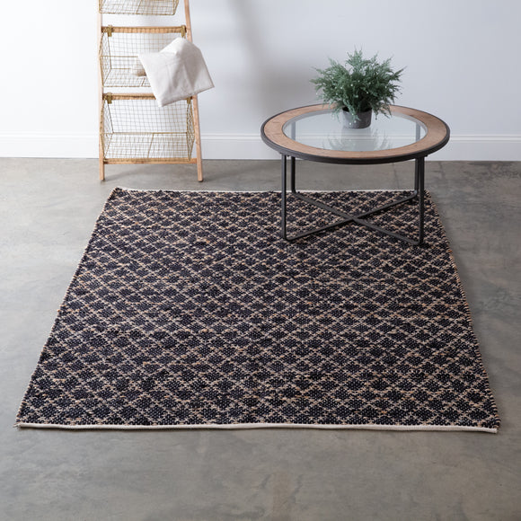 Santa Cruz Boho Diamond Handwoven Area Rug