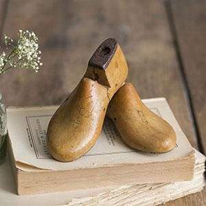 Pair of Small Shoe Lasts - Countryside Home Decor