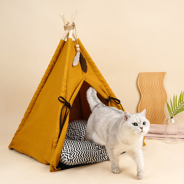 Teepee with thick cushion by zeze