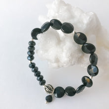 Load image into Gallery viewer, Black Onyx and Sterling Silver Bracelet
