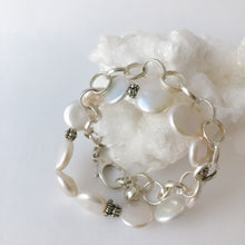 Load image into Gallery viewer, Coin Pearl Sterling Silver Bracelet