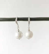 Load image into Gallery viewer, Pearls and Sterling Earring