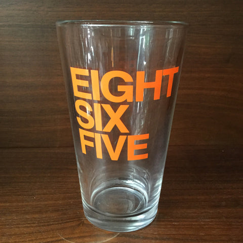 865 Text Pint Glass