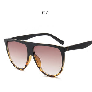 OUR KIM KARDASHIAN OVERSIZED RETRO SUNGLASSES IS TODAY'S FASHION STYLE!