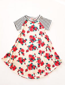 Pomelo Cream Floral with Black/white sleeves