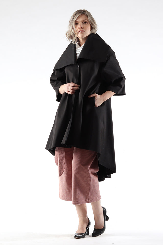 Jojo coat - cotton twill - black - front view - Lennard Taylor