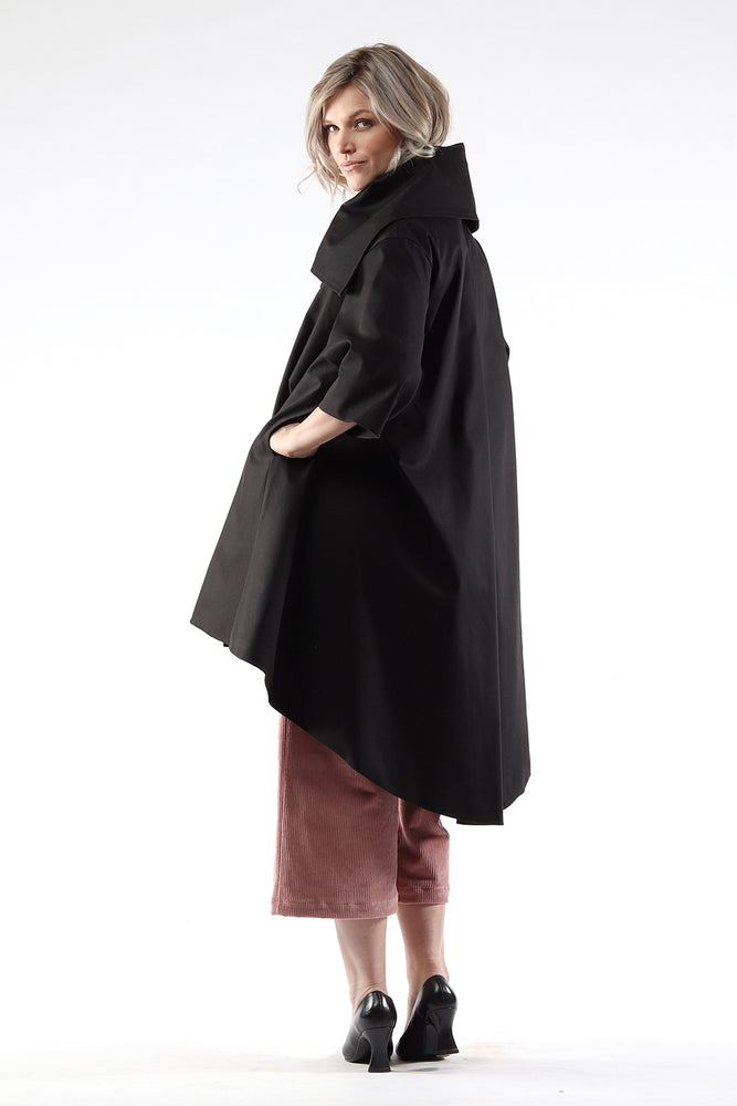 Jojo coat - cotton twill - black - Side view 2- Lennard Taylor