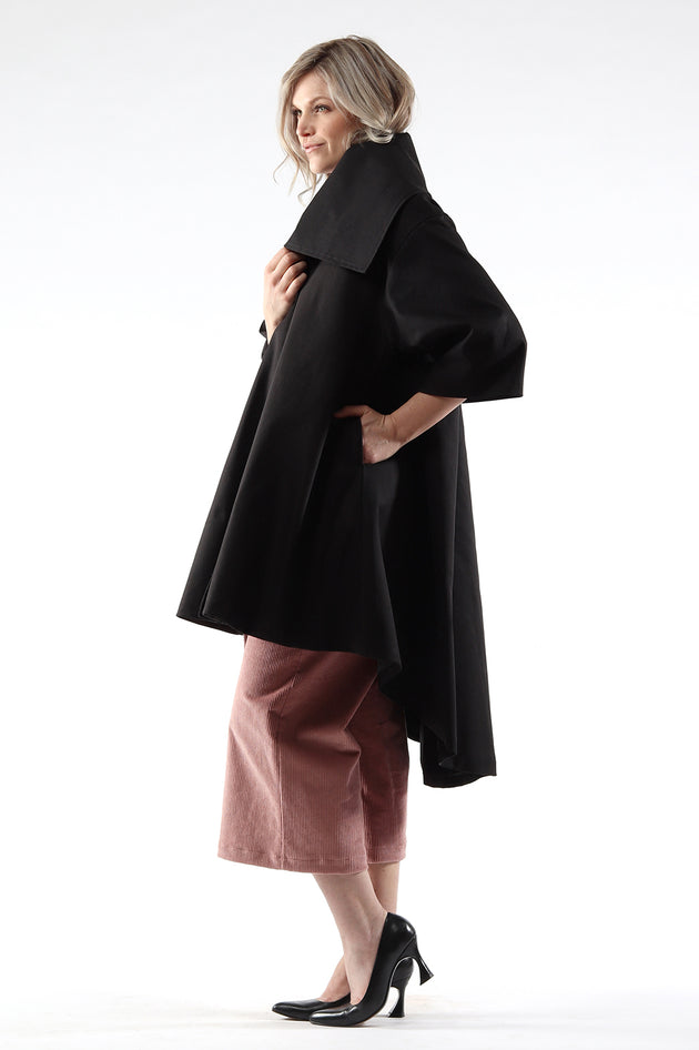 Jojo coat - cotton twill - black - Side view 1- Lennard Taylor