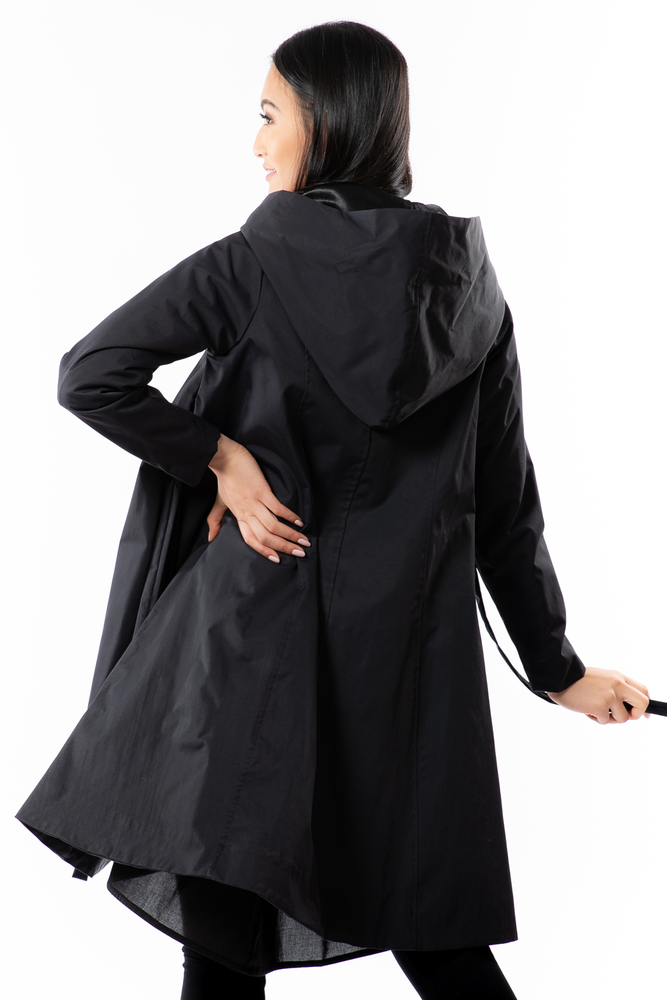 Karol Coat - Wind + Rain - black - back view - Lennard Taylor