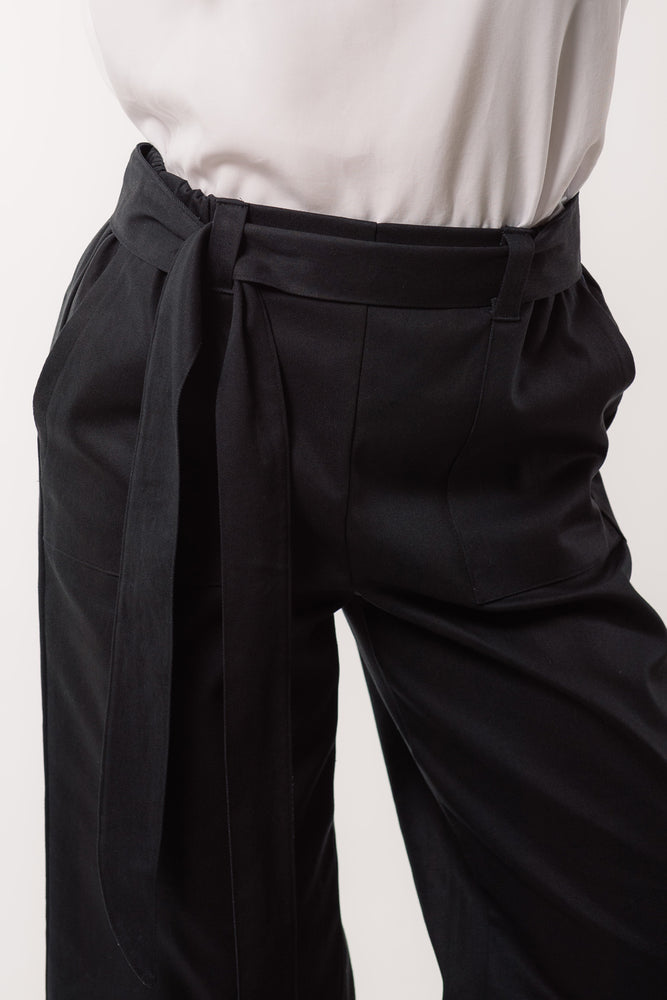 Victoria Pant - Black twill - close up on model - Lennard Taylor