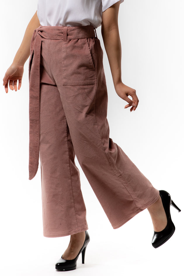 Victoria Pant - Blush Corduroy - side view on model - Lennard Taylor