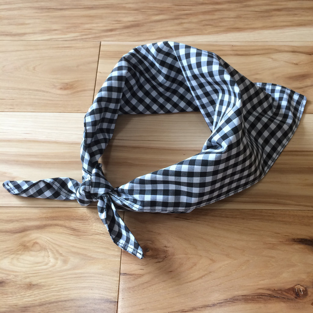 Gingham triangle kerchief - Lennard Taylor