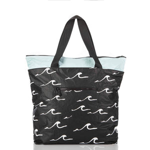 Seaside Day Tripper Tote / Black
