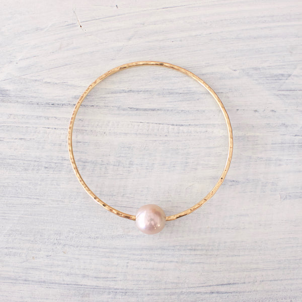 Pink Edison Pearl Bangle