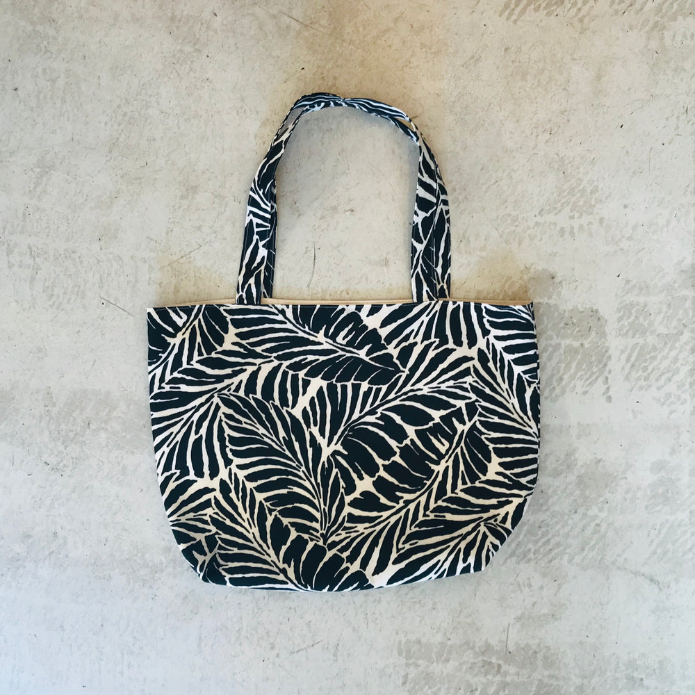 Tropical Leaf Tote Bag / Black
