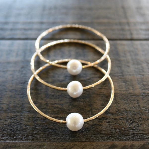White Edison Pearl Bangle, by Keani Hawai'i