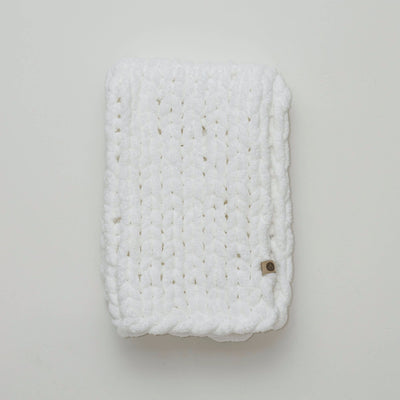 Little Infinite Love Blanket in White, white background, chunky knit blanket