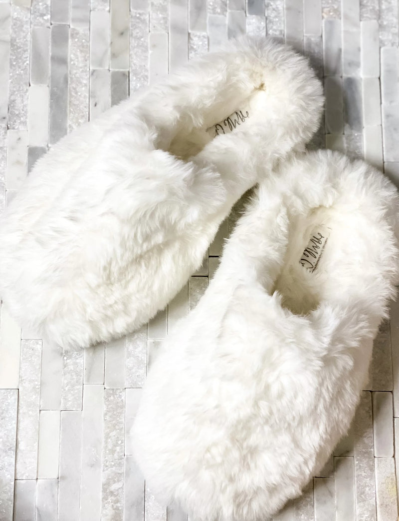 Closed Toe Faux- Fur Comfort Slippers