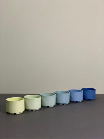 stack cups - yellow to blue set of 6