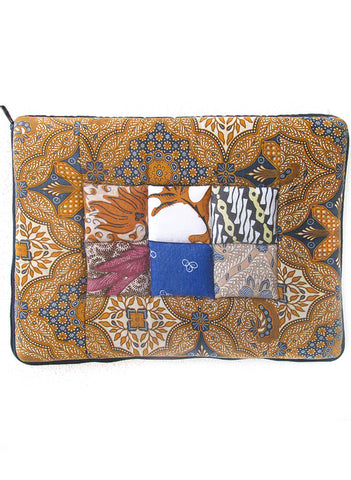 "Worker Bee Laptop Case 14"" - BeHoneyBee - BeHoneyBee.com"