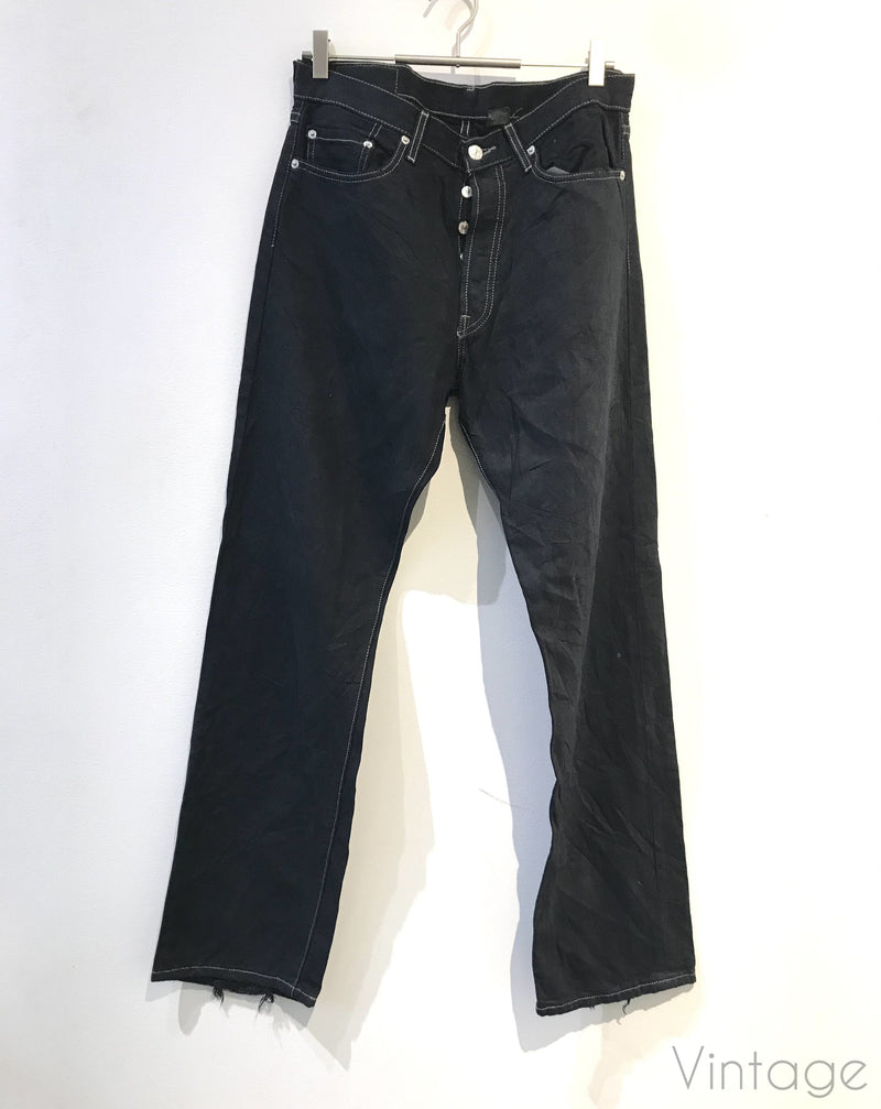 Levis sort, størrelse W33/32-Bukser og jumpsuits-Second chance-noia.shop