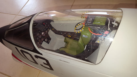 F-8 1/7 Crusader ultra scale cockpit