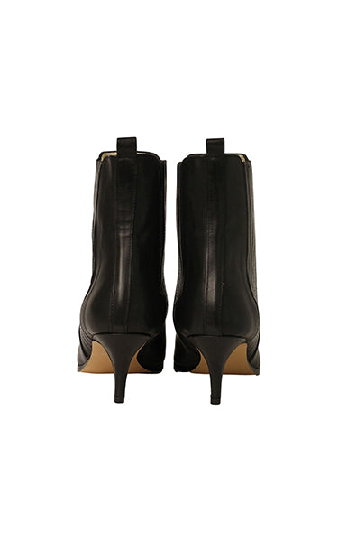 Ivy Lee Skylar Boots in Black Anilin