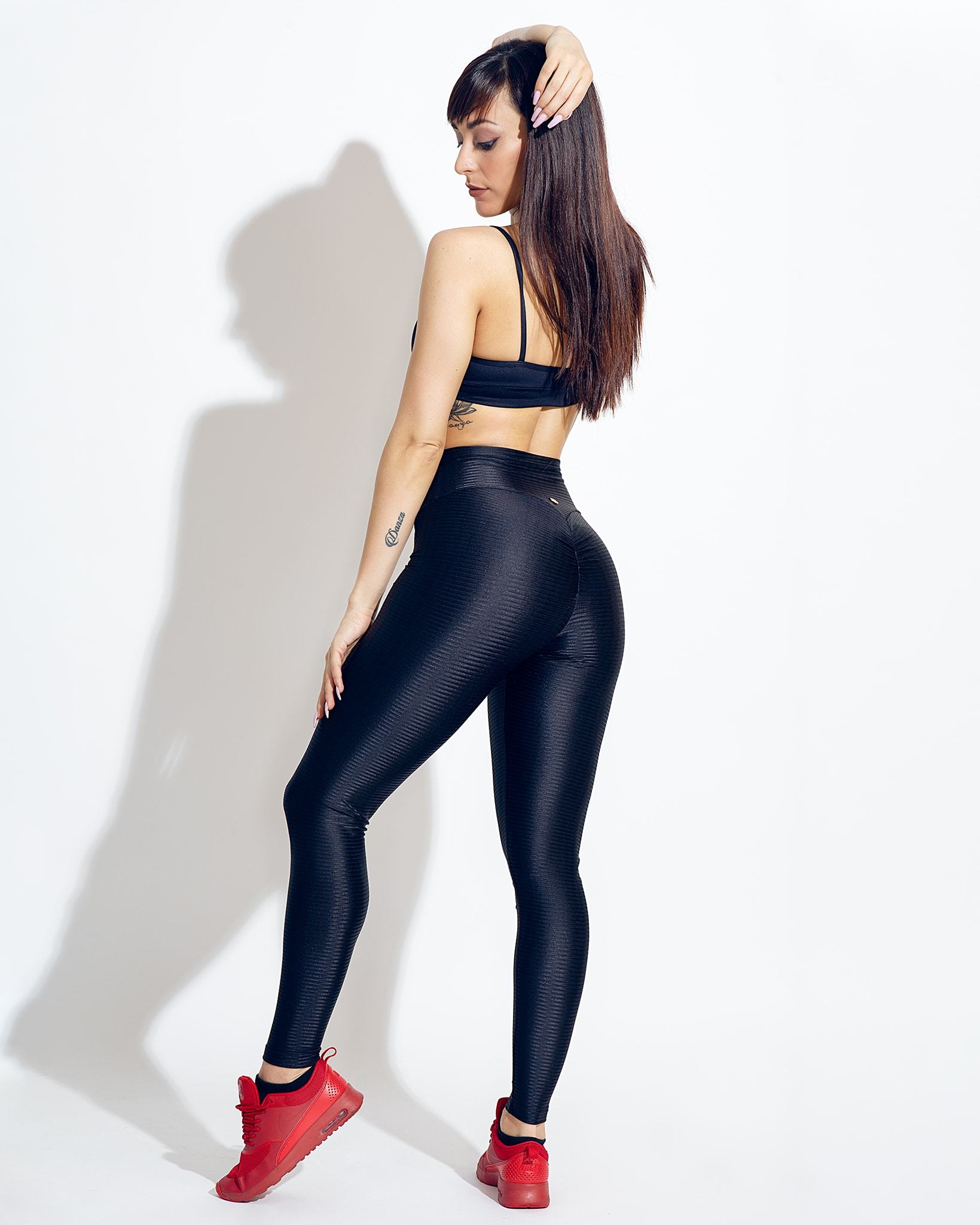 Black Amber Scrunch Butt Leggings - Sara Panero Collection