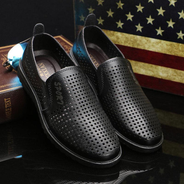 Men Pure Color Hole Breathable Slip On Casual Leather Shoes 133334