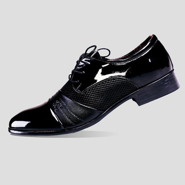 Men's dress shoes with pointed ends