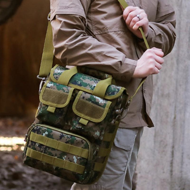 Men's outdoor tactical army fan camouflage messenger bag