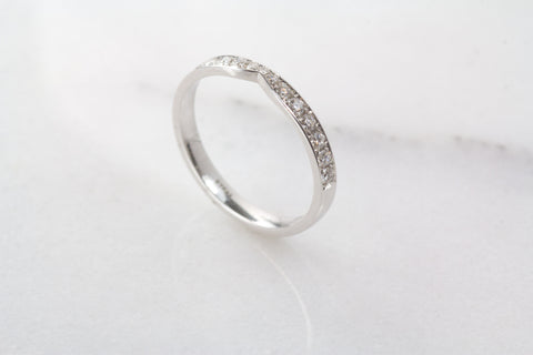 Juliet wedding band