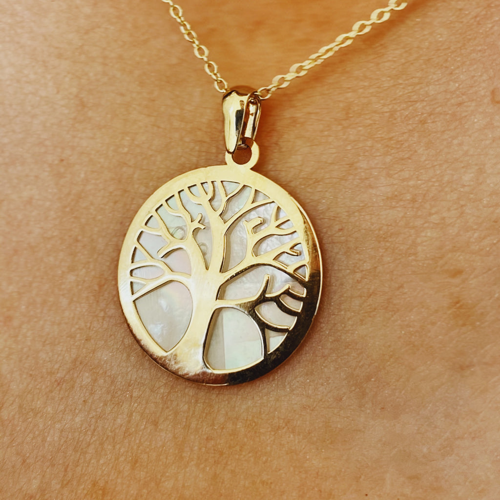 9 carat gold mother of pearl tree of life pendant