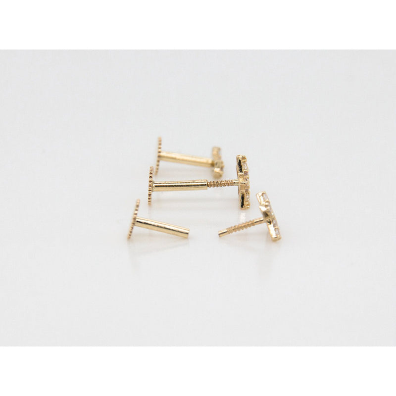9ct Yellow Gold Cubic Arrow Piercing