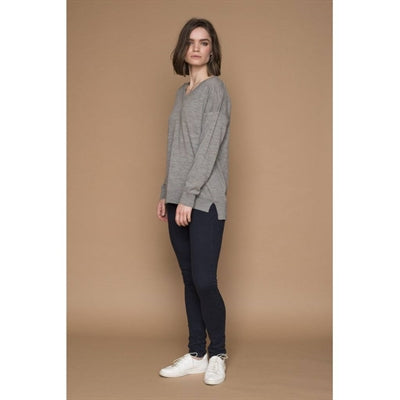 Basic Apparel Sweater, Vera V-neck - Light Grey Mel