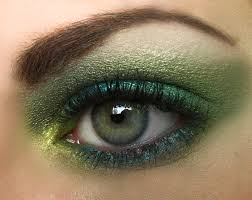 Eyeshadow Application Tips For Hooded Eyes