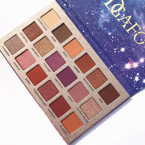18 Color Glitter Matte Eyeshadow Pallete - Secret Beauties