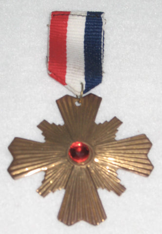 MEDAL ON PIN