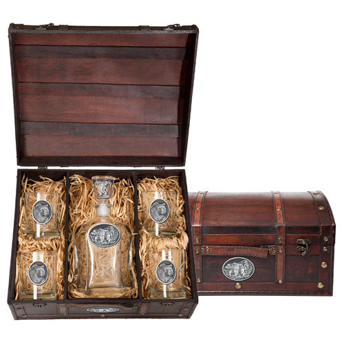 GRIZZLY BEAR CAPITOL DECANTER CHEST SET