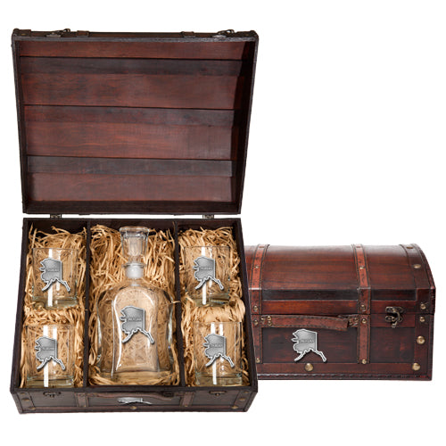 ALASKA CAPITOL DECANTER CHEST SET