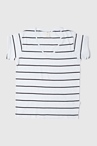 Lilly Tee V Neck white/Navy stripes Girl Outfit