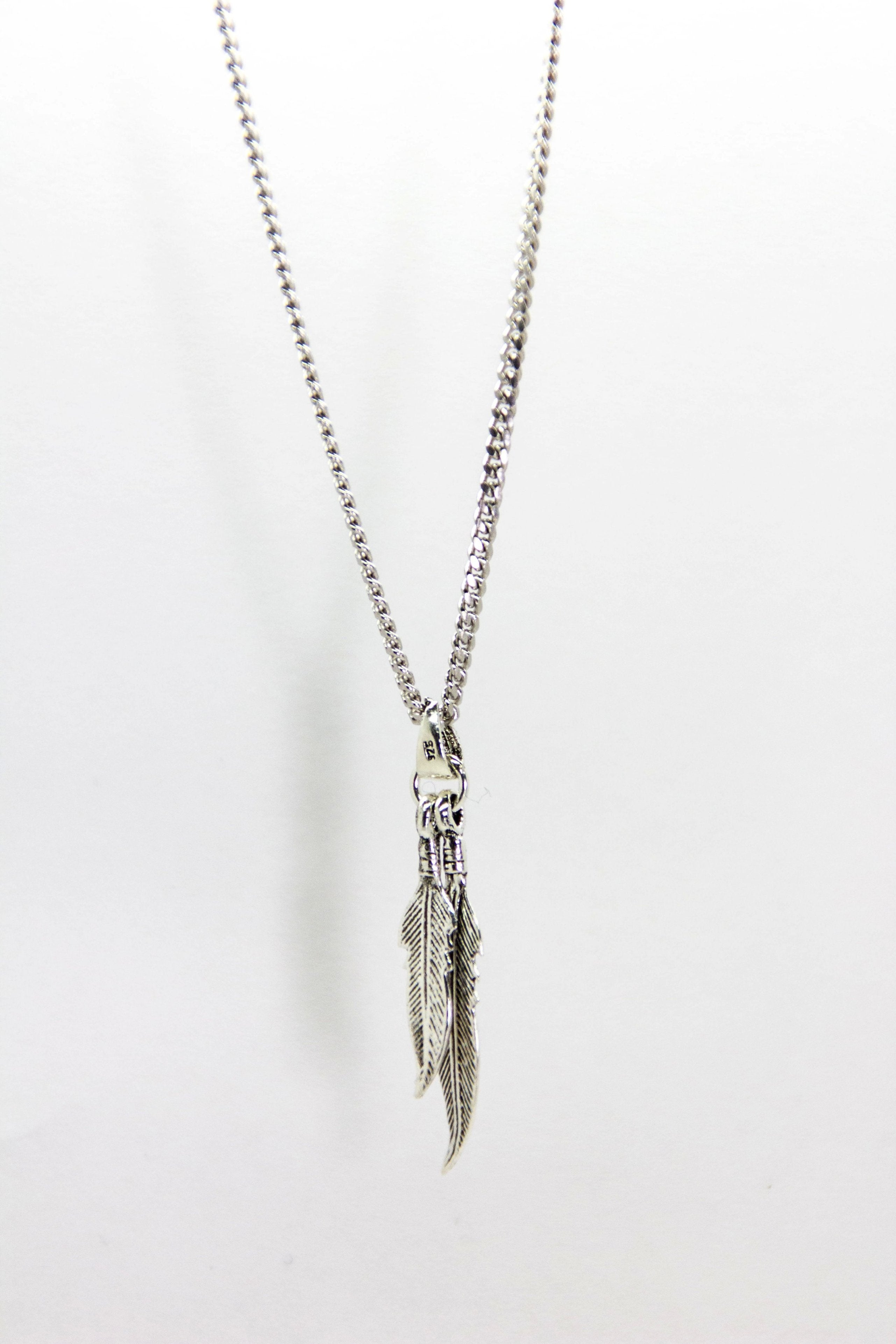 TWIN FEATHER NECKLACE
