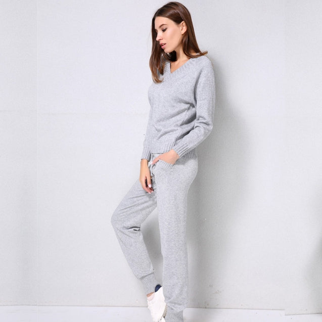 Women sweater suit and setsCasual Knitted Sweaters Pants 2PCS Track Suits Woman Casual Knitted Trousers+Jumper Tops Clothing Set BLSS2019010