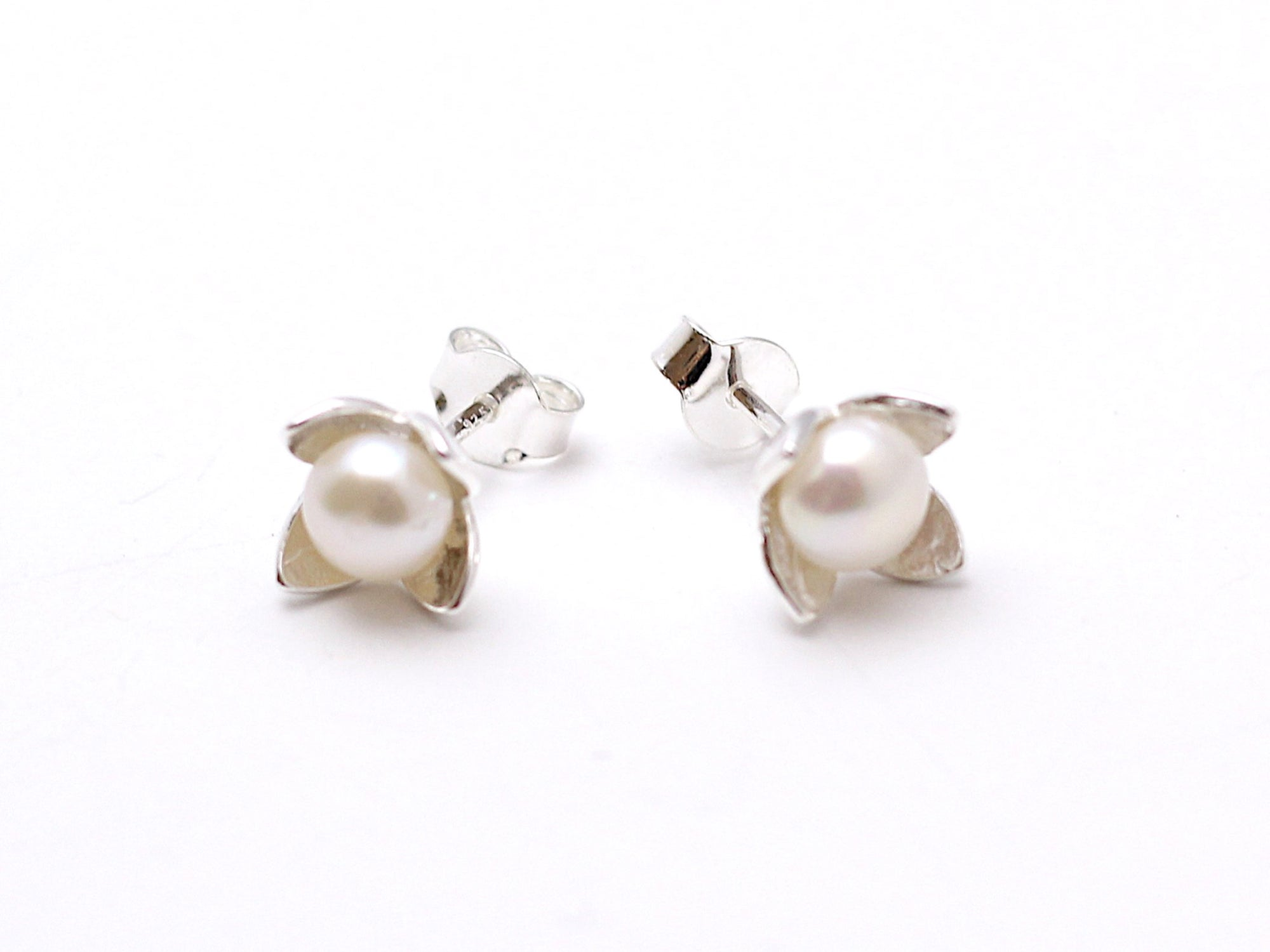 Freshwater Pearl Post Earrings