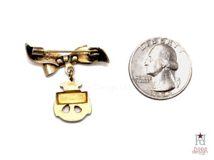 WWII-era Vintage Sweetheart Pin | USN Brooch VB73