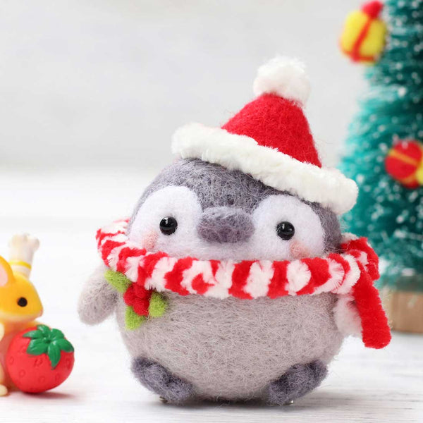 DIY Needle Felting Kit Wool Rug Hooking Kit Handcraft Woolen Embroidery Creative Gift with Punch Needle - Christmas Penguins