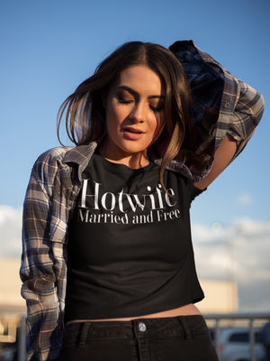 Hotwife Married and Free Women's Crop Tee - Cuck and Bull Shop