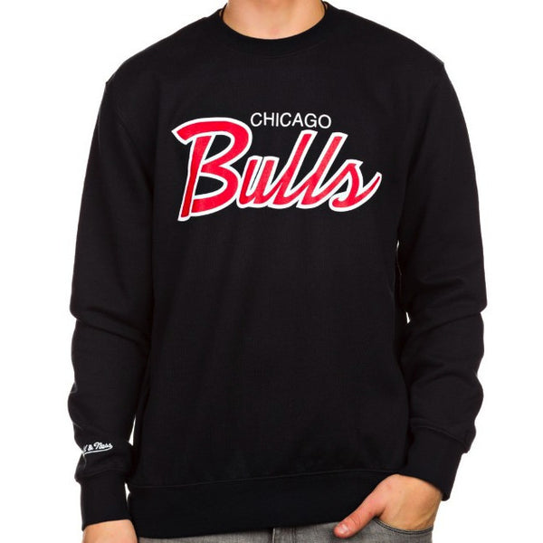 Crewneck CHICAGO BULLS Script (Negro) - Purple Drank Shop - 1