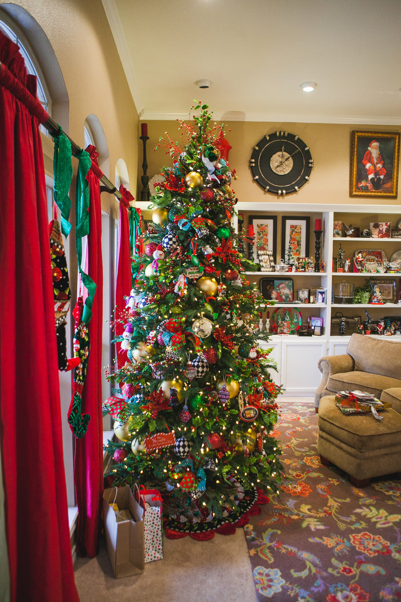 Peace, Love And Santa Holiday Home Tour
