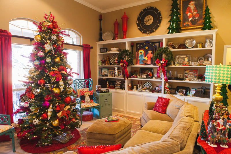 Becky's Merry and Bright Holiday Home Tour